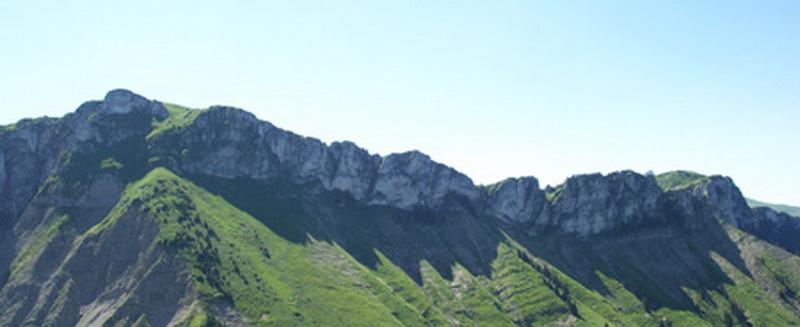 Panorama sur la Pointe d'Aveneyre